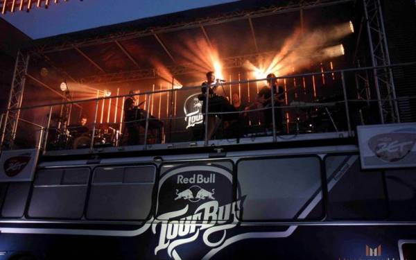 Red Bull Tour Bus 2016 - 18